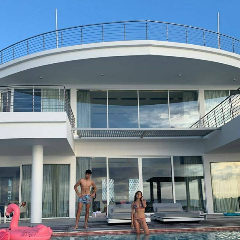 sara ali khan in bikini in villa - Sara Ali Khan Bikini Pictures | Hot Sara Ali Khan Bikini Photos Are Really Astonishing