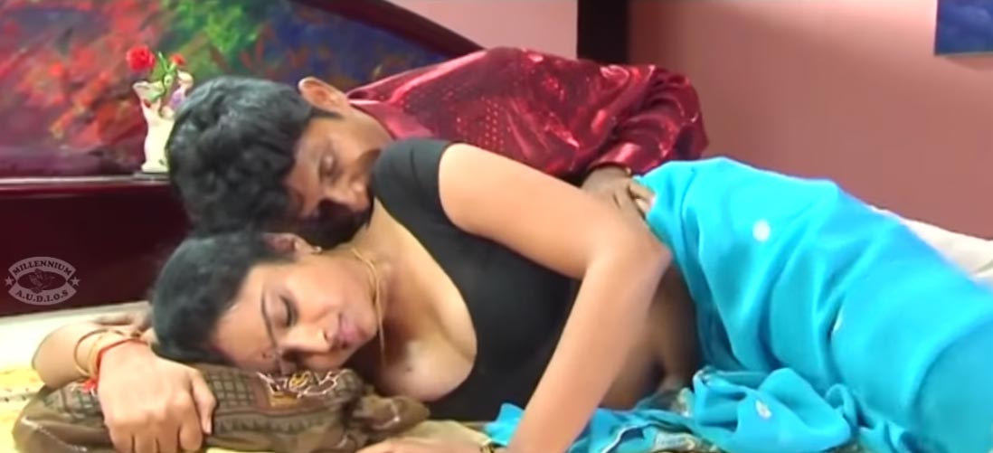 vagitha 2 - Hot scene - Housewife being seduced by a stranger. Actress Vagitha in saree in Anagarigam.